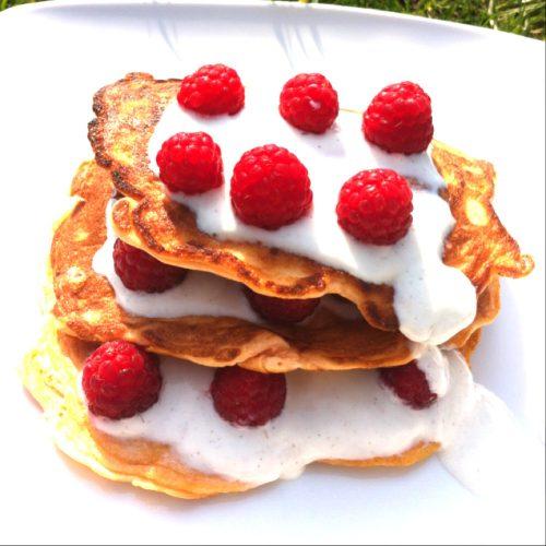 Tripple Pancake Turm mit Eiweißpulver von Fitnessguru