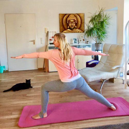 Yoga für Anfänger Kriegerposition