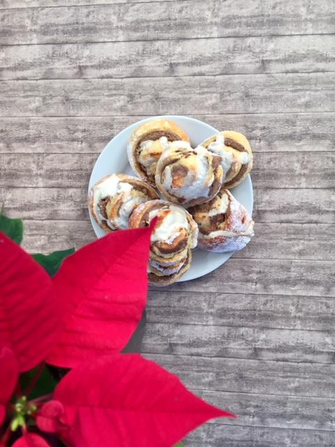 Zimtschnecken mit Weihnachtsstern